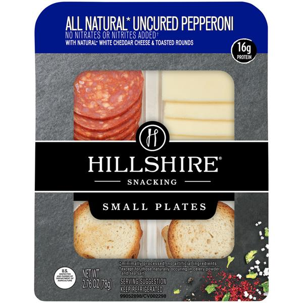 Hillshire Snacking Small Plates All Natural Uncured Pepperoni with Natural White Cheddar Cheese & Toasted Rounds